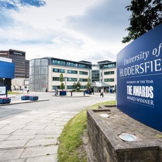 Huddersfield Universiteti