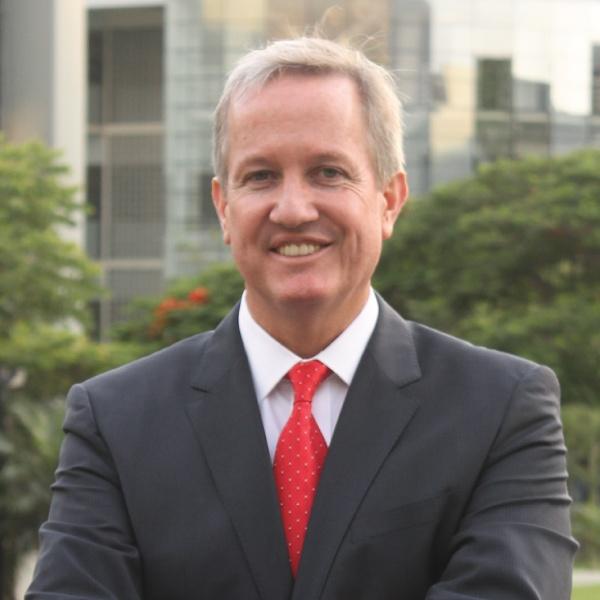 Edward Roekaert博士Embrechts