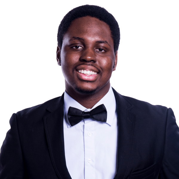 पियर्स Oluwaseyi