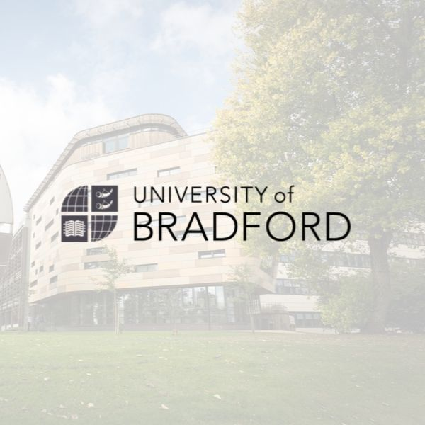 Университете Брэдфорда